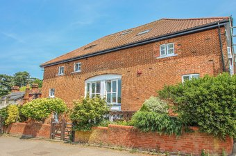 Property Results to let 1 The Granary Grosvenor Billinghurst