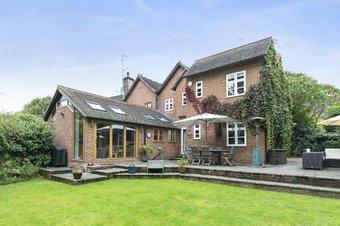 Property Results to let 2 Rose Cottages Grosvenor Billinghurst