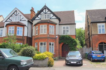 Property Results to let 31 Grosvenor Billinghurst