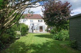 Property Results to let 5 Crown Cottages Grosvenor Billinghurst