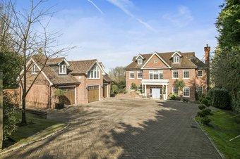 Property Results to let Touchstone House Grosvenor Billinghurst