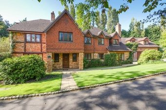 Property Results to let Park House Grosvenor Billinghurst