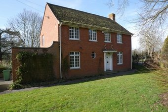 Property Results to let Wardens House, Parkside School Grosvenor Billinghurst
