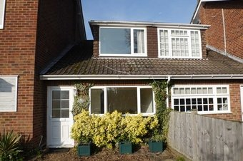 Property Results to let The Annexe 156 Grosvenor Billinghurst