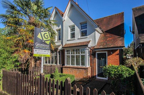 Similar Properties Aston Road, ClaygateGrosvenor Billinghurst