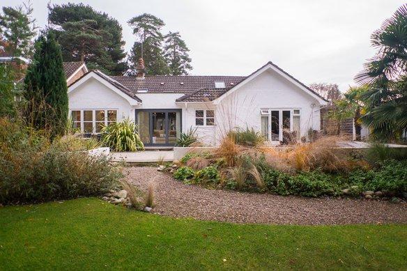 Similar Properties Courtleas, CobhamGrosvenor Billinghurst