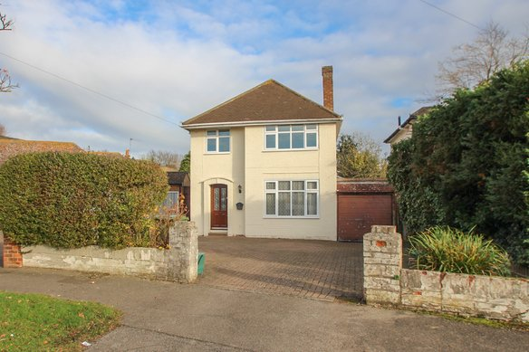 Similar Properties Greenwood Close, Thames DittonGrosvenor Billinghurst