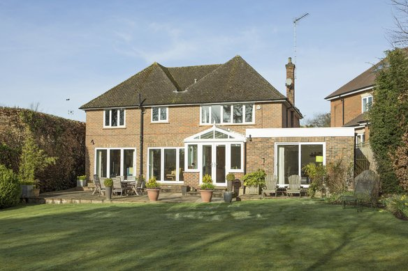 Similar Properties Heath Ridge Green, CobhamGrosvenor Billinghurst
