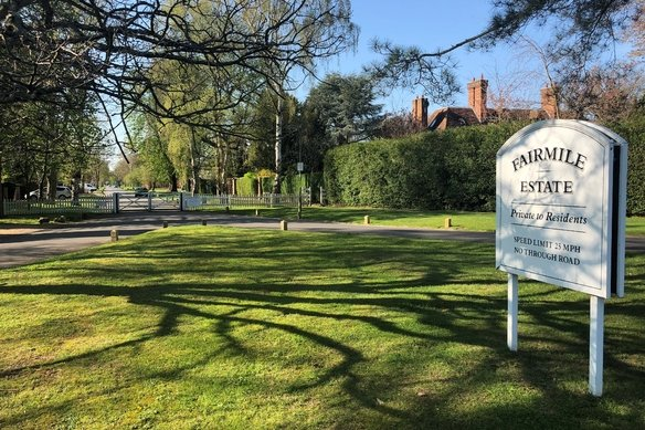 Similar Properties Icklingham Road, CobhamGrosvenor Billinghurst