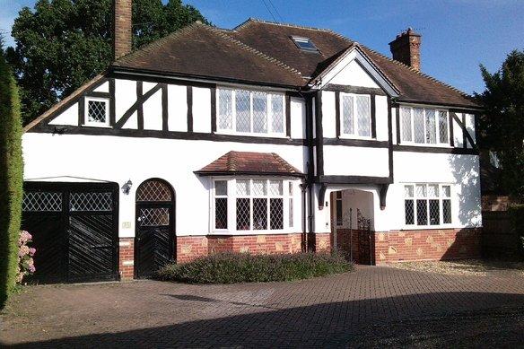 Latest Properties Manor Road North, Hinchley Wood Grosvenor Billinghurst