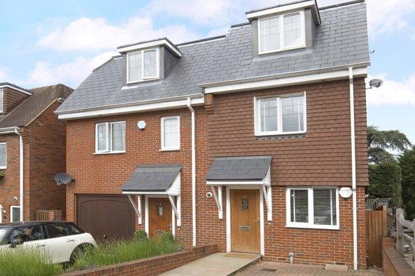 Latest Properties Oakshade Road, Oxshott Grosvenor Billinghurst