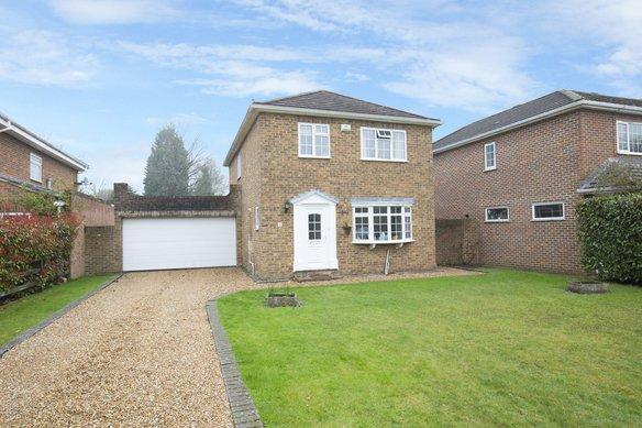 Latest Properties Somerville Road, Cobham Grosvenor Billinghurst