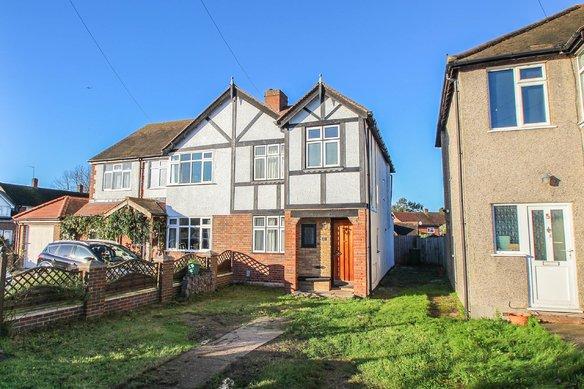 Similar Properties Telegraph Lane, ClaygateGrosvenor Billinghurst