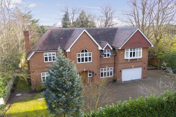 Similar Properties The Drive, CobhamGrosvenor Billinghurst