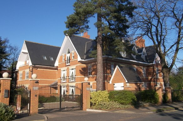 Similar Properties Ascent House, WeybridgeGrosvenor Billinghurst