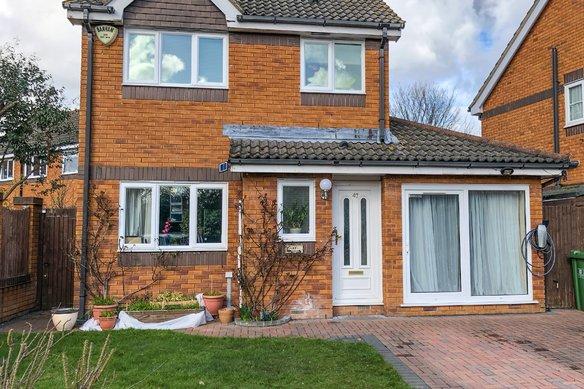 Similar Properties Bloomfield Close, WokingGrosvenor Billinghurst