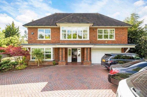 Similar Properties Brookfield Place, CobhamGrosvenor Billinghurst