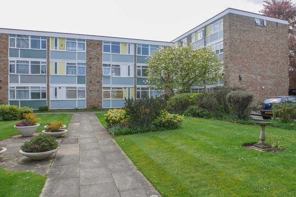 Similar Properties South View Court, WokingGrosvenor Billinghurst